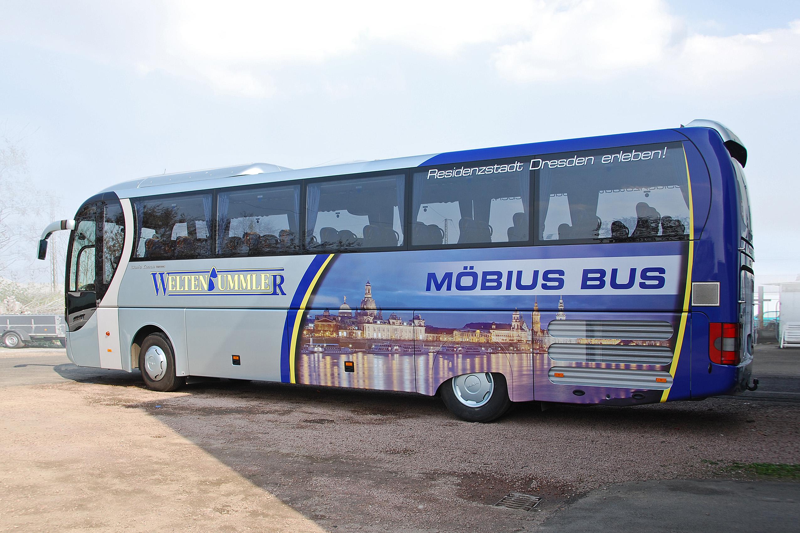 Möbius Bus | KFZ-Werbung