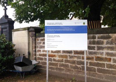 Verwaltung des Elias-, Trinitatis- und Johannisfriedhofs zu Dresden | Bauschild