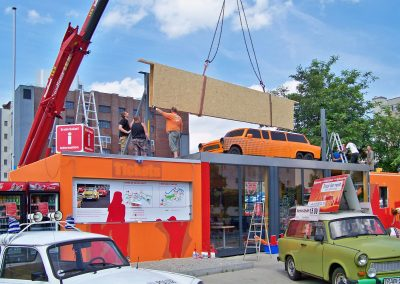 Trabi World Berlin | Installation der Unterkonstruktion 11m freitragend