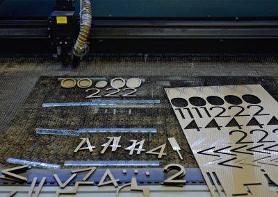 3D-Buchstaben | Laserarbeiten