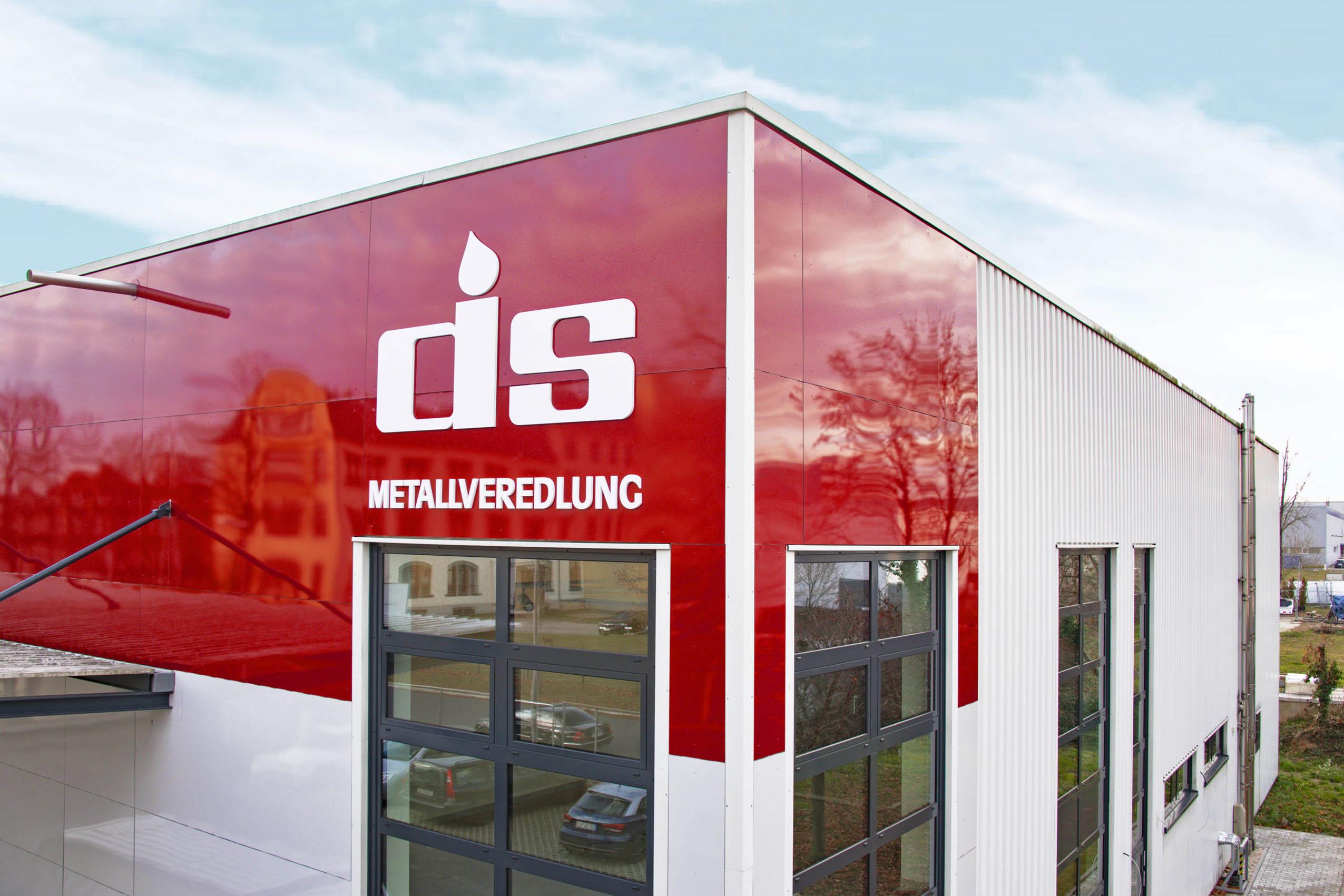 Dresdener Silber und Metallveredlung | 3D-Buchstaben | Bauelemente